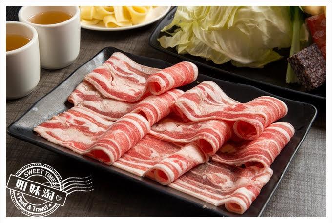 陶林日式涮涮鍋鳳山店羊肉盤