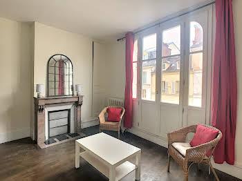 Appartement meublé 4 pièces 47,98 m2
