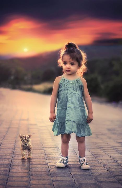 Cute little girl wallpaper android apps on google play cute little girl wallpaper screenshot voltagebd Images