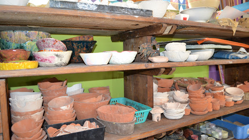 poteries de l'atelier de l'Artisanat