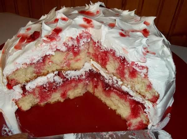 Strawberry Poke Cake Recipe