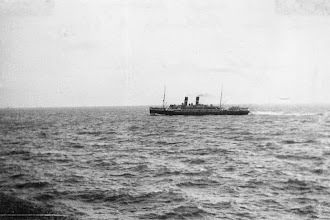 """Photo: """"Oranje-Nassau"""" (?) passing Dover en route from Folkestone to Vlissingen. Date: about 1926 (Photo: A.M.S. Russell)"""