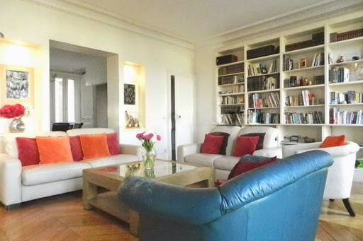Bright living area at Quai de la Tournelle Apartments 110 m²