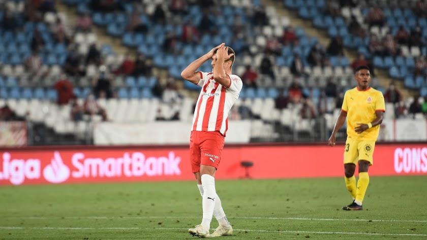 José Corpas lamentándose en el último partido frente al Girona.