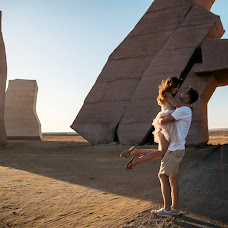 Wedding photographer Natalya Matlina (natalysharm). Photo of 09.03.2018