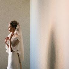 Wedding photographer Anton Antonenko (Anton26). Photo of 26.01.2015