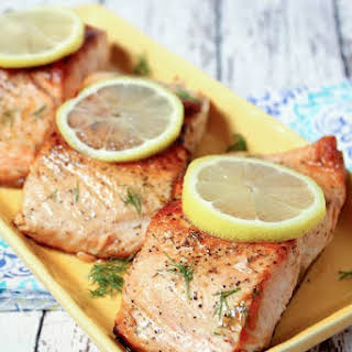 Salmon With Lemon Dill Sauce.