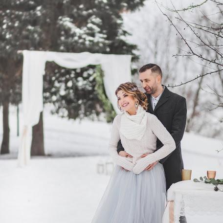Wedding photographer Anzhela Abdullina (abdullinaphoto). Photo of 14.02.2018