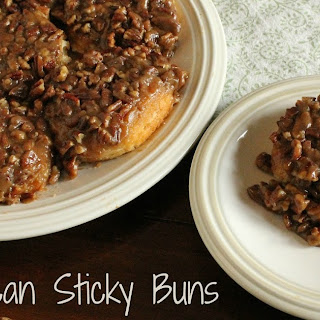 Easy Pecan Sticky Buns #EasterRecipes.