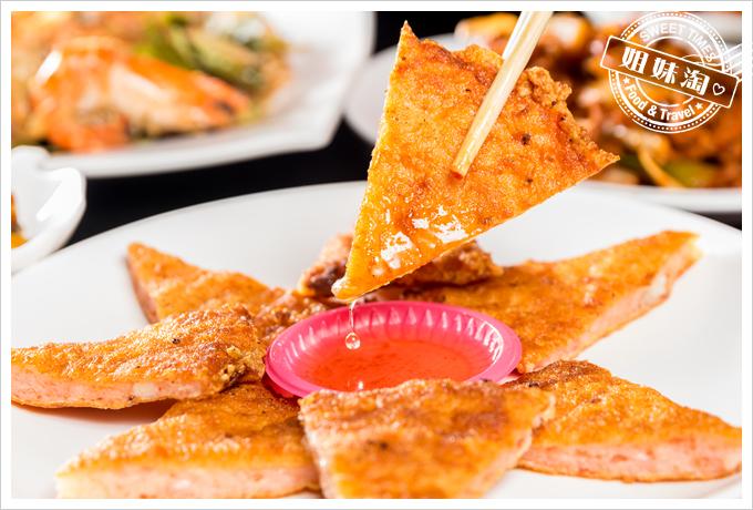 新凱門複合式釣蝦場月亮蝦餅