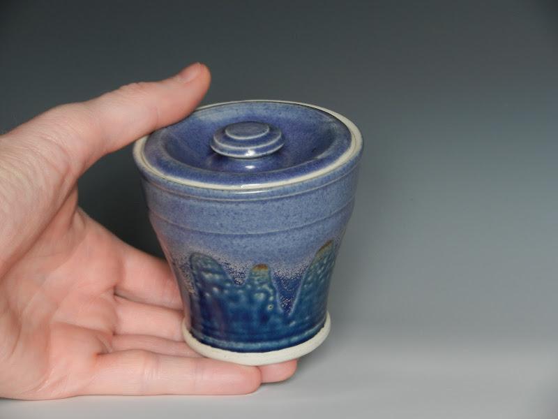 Photo: Small lidded jar, urn