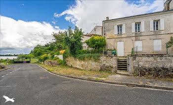 maison à Arveyres (33)