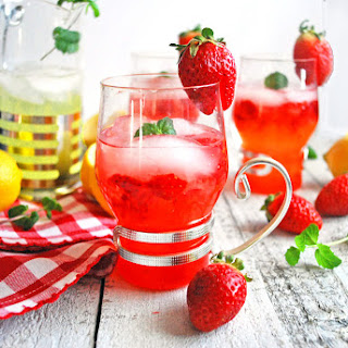 Sweet Strawberry Lemonade.