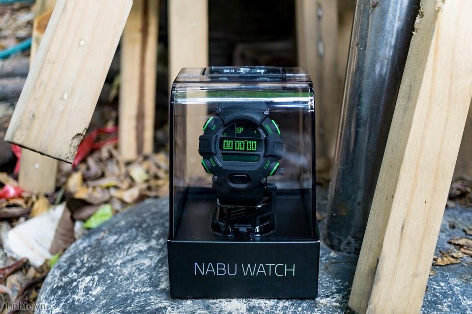 Trên tay smartwatch Razer Nabu Watch: hầm hố như G-Shock, nhận thông báo từ điện thoại