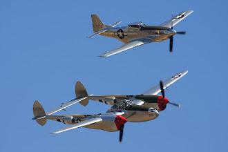 Photo: P-38L a P-51D