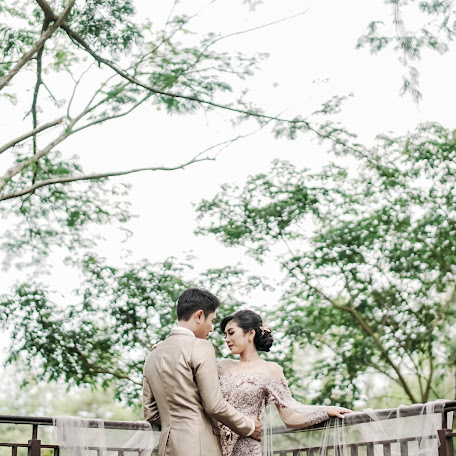 Wedding photographer Iyus Kusdinar (ashr). Photo of 18.01.2018