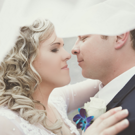 Closeness by Lood Goosen (LWG Photo) - Wedding Bride & Groom ( wedding photography, wedding photographers, makiti wedding photographer, lood goosen, real estate photography, professional photographer, wedding photos, makiti photos, photographer makiti, wedding destination, wedding photos destination, wedding, wedding day, weddings, photographer, bride and groom, wedding photographer, bride, groom )