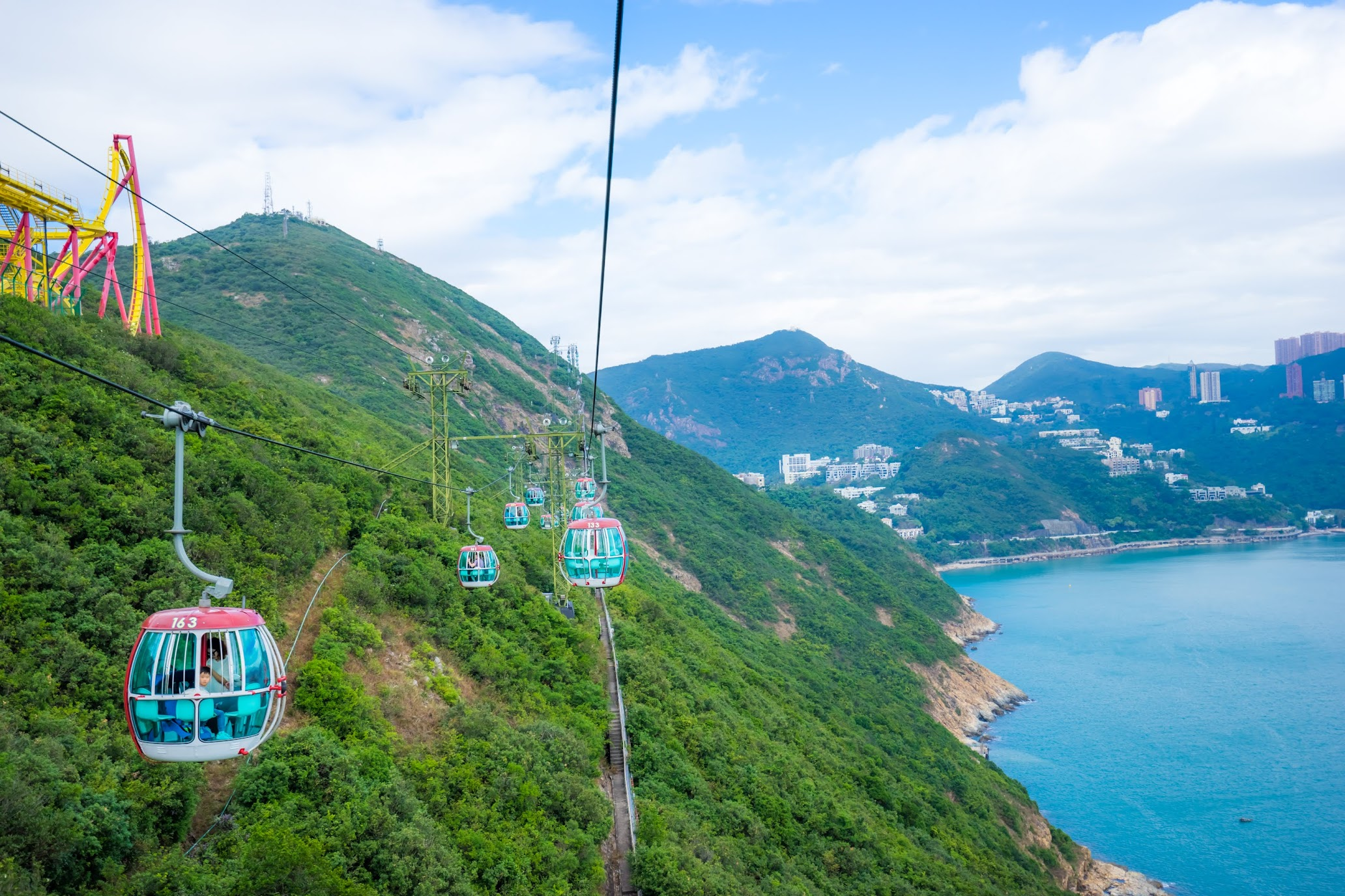 Hong Kong Ocean Park cable car2