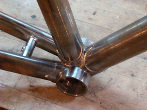Photo: The tapered seat and down tubes plug into an XL bottom bracket, should keep things nice and stable down here!