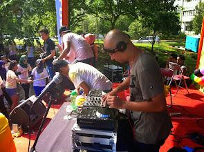 Photo: El DJ muy bueno.