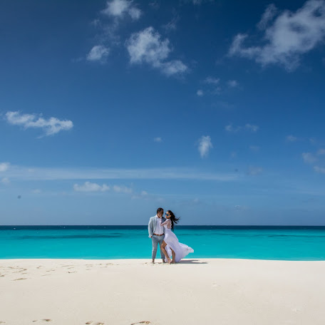 Wedding photographer Alejandro Juncal (AlejandroJuncal). Photo of 11.01.2018