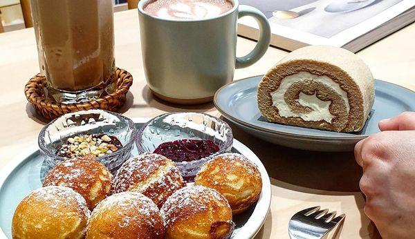 孔雀咖啡|柳川河岸文靜咖啡廳。可愛圓鬆餅球