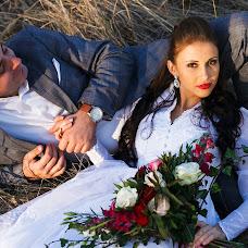 Wedding photographer Viktoriya Viktorovna (VictoriiaZ08). Photo of 18.10.2014