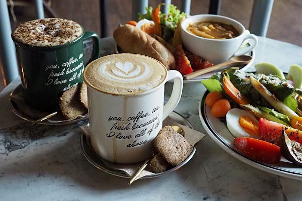 F. A. 長椅咖啡烘培