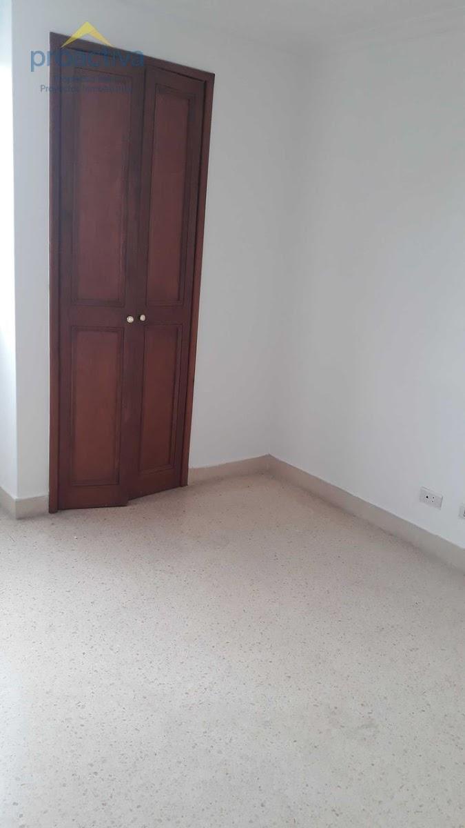 apartamento en arriendo centro 497-7353