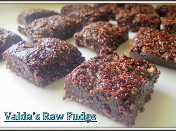 Valda's Raw Fudge Recipe