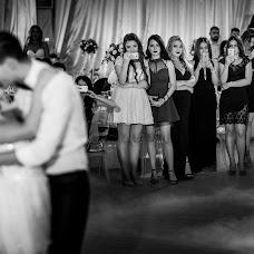 Wedding photographer Alin Pirvu (AlinPirvu). Photo of 09.01.2018