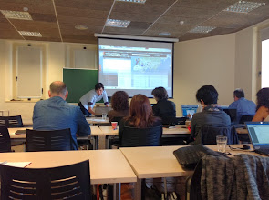 Photo: Maite Oliva ens presenta Wikiartmap