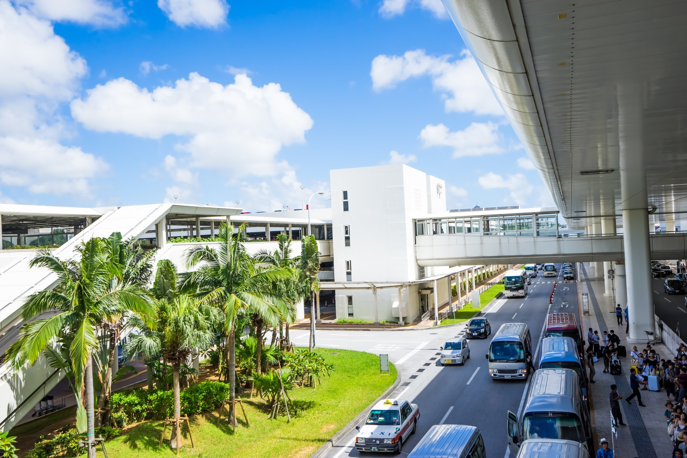 Naha Airport Monorail1