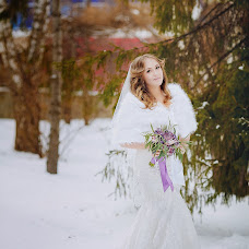 Wedding photographer Lyubov Pyatovskaya (Lubania89). Photo of 24.12.2015