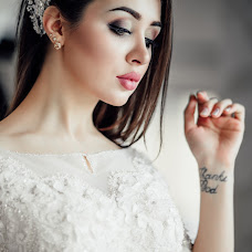 Wedding photographer Madina Kurbanova (MADONA). Photo of 06.05.2016