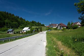 Photo: Podjazd na przełęcz Semeteš. Miejscami nachylenie przekraczał 16 %. Nieźle ten podjazd dał mi popalić.