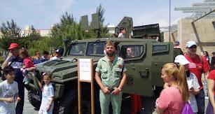 Vehículo de la Legión que puede visitarse en el Parque de las Familias.