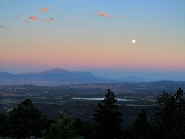 Belt of Venus and full moon
