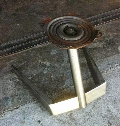 品牌NAUGAHYDE功能椅