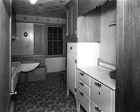 Photo: 1934 model kitchen