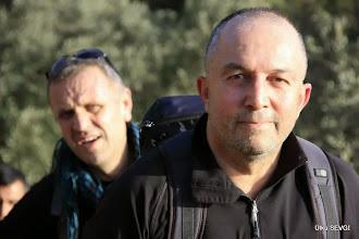 Photo: Sevgili Bilge Rehberimiz Zeki ve arkasında Refik Bey. Ören-Bozalan Köyü Arası Karya(Karia) Yolu 3 Etabı - 18.01.2014