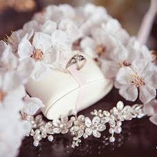 Wedding photographer Oksana Borovko (Sana). Photo of 18.04.2017