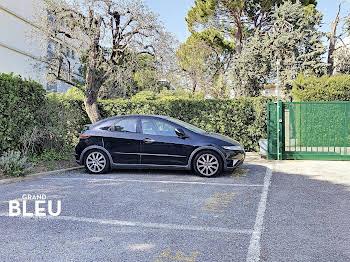Parking 13 m2