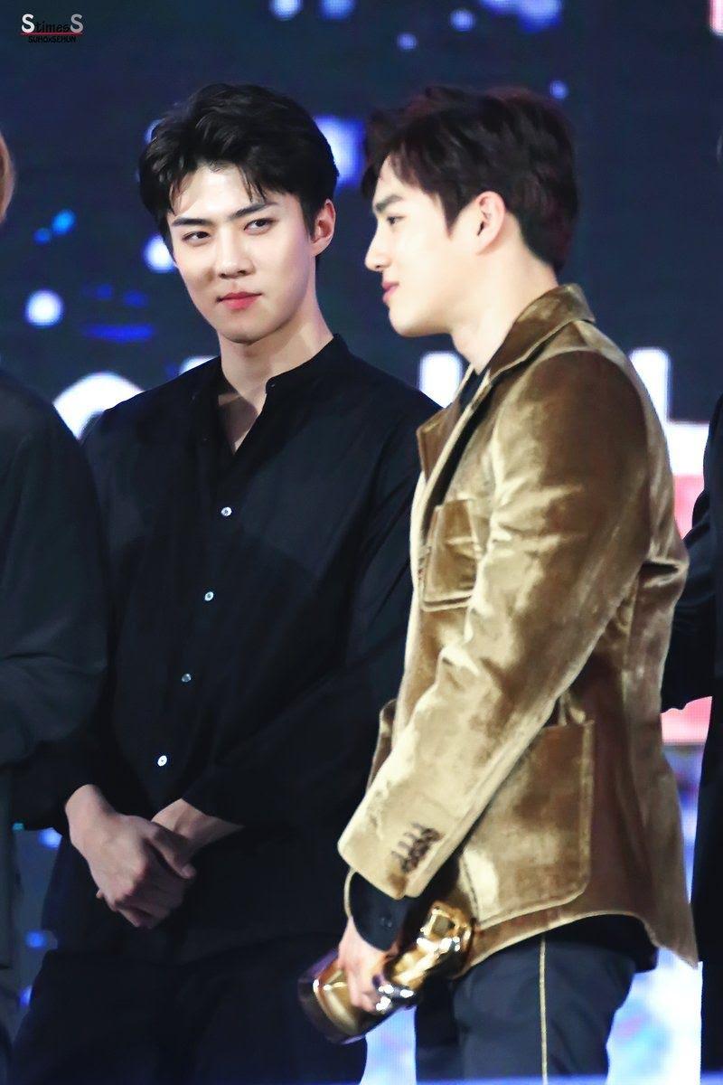 EXO's Sehun (Left) & Suho (Right)