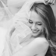 Wedding photographer Alena Mikhaleva (AlenaSova). Photo of 22.12.2014