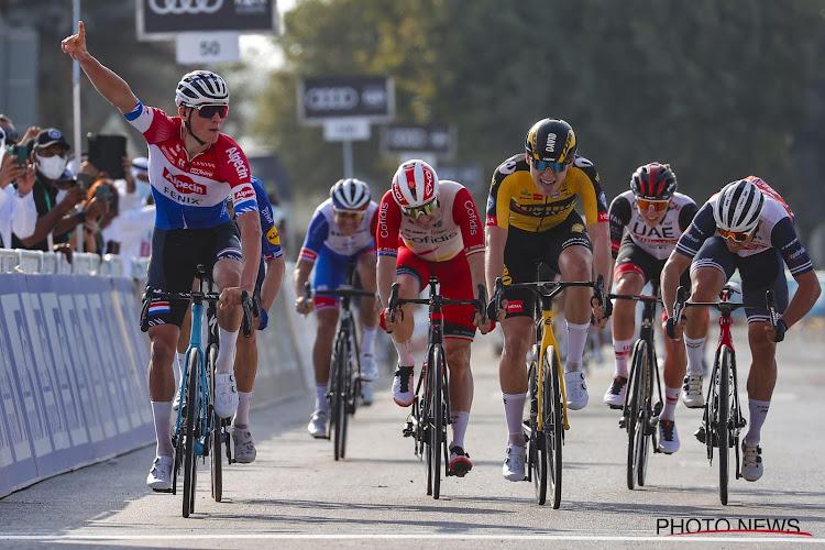 """Jonge Nederlander maakte indruk met tweede plaats achter Mathieu van der Poel in UAE Tour: """"Het doel was de ritzege, maar kan niet ontevreden zijn"""""""