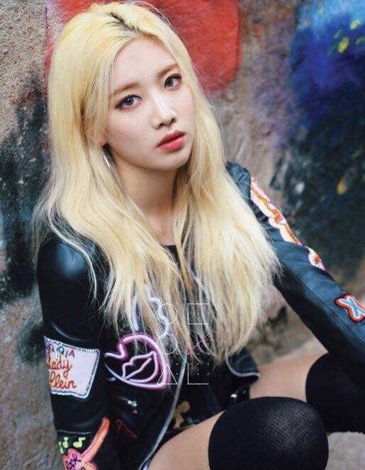 blonde 12