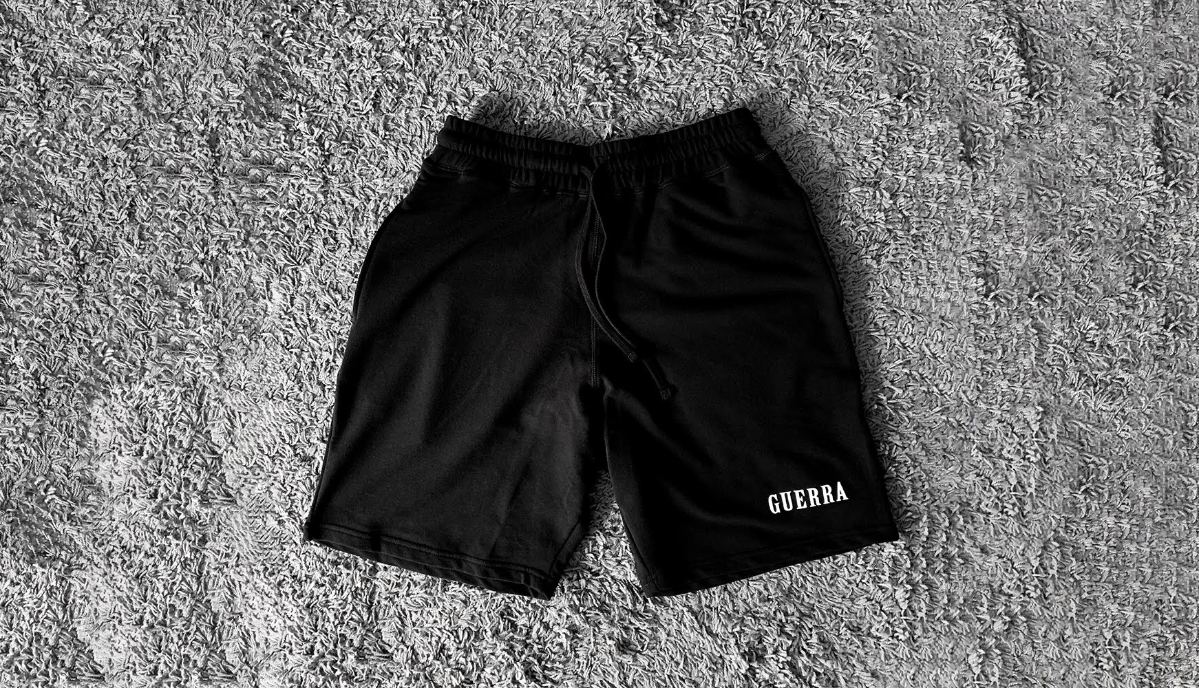 GUERRA LOGO SHORTS - BLACK