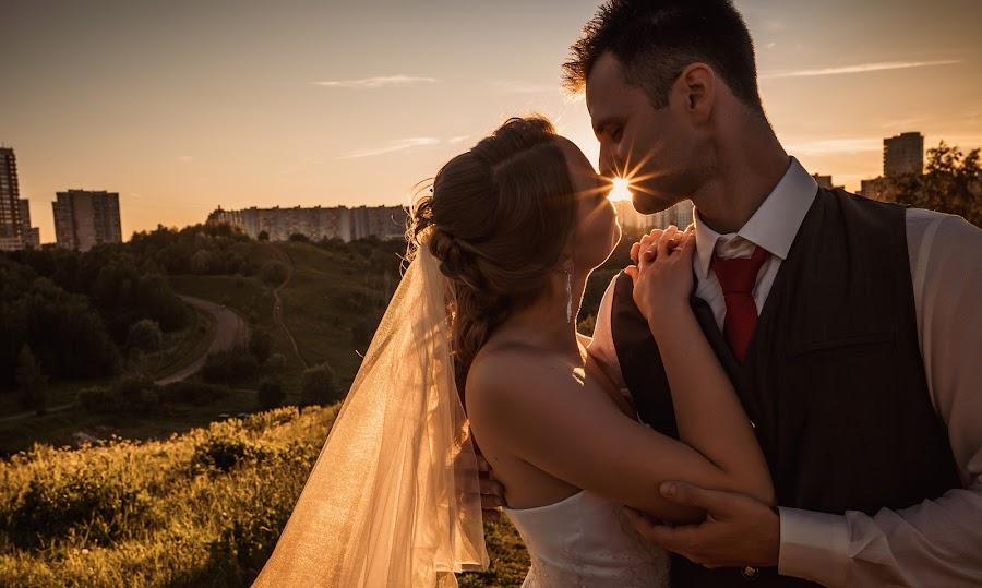 Wedding photographer Andrey Sbitnev (sban). Photo of 03.07.2019