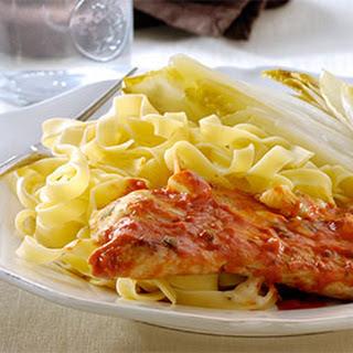 Gebakken Schnitzeltjes Met Salie In Romige Tomatensaus Met Gorgonzola